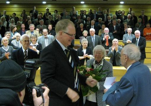 Rolf Abrahamsohn wird Vestischer Ehrenbürger