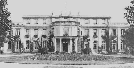 Der Schauplatz der Wannseekonferenz in Berlin, Am Großen Wannsee 56 - 58