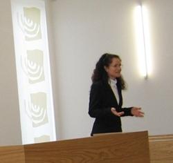Abb.: Judith Neuwald-Tasbach, Vorsitzende der jüdischen Gemeinde Gelsenkirchen. Erste Stimmen werden laut und fordern ihren baldigen Rücktritt.