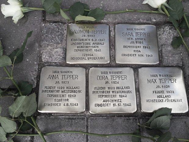 Im Jahr 1938 erreichte die nationalsozialistische Verfolgung jüdischer Menschen mit den Novemberpogromen ihren Höhepunkt, bevor mit dem II. Weltkrieg die Massenvernichtung begann.
