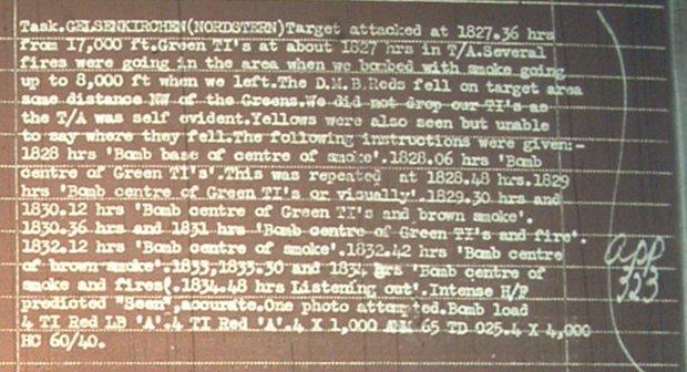 Die Besatzung von Lancaster ND875 (156 Squadron RAF Pathfinder Force Group 8 ) hat Details zum Angriff vom 9.11.1944 in einem Kurzbericht festgehalten.