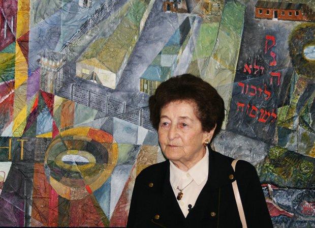 Im Foyer des Horster St. Joseph-Hospital thematisiert die Arbeit eines Gelsenkirchener Künstlers die Geschichte des Außenlagers des KZ Buchenwald in Gelsenkirchen