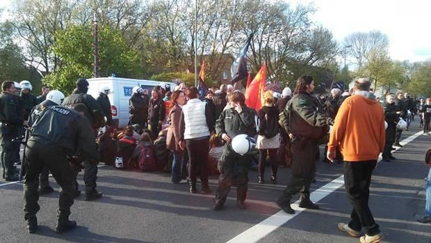 1. Mai 2015. Blockade, die Zweite. No Pasaran! (Foto: A. Jordan)